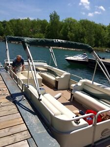 Party boat pontoon and trailer