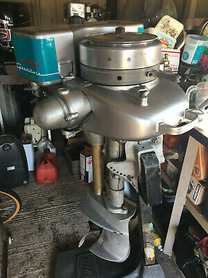 Antique Evinrude Outboard Motor Engine - 1946 Speeditwin 22.5hp - Classic Boat