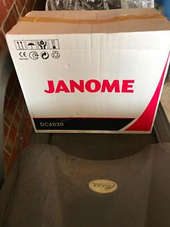Janome Dc6030 sewing machine never used -taken out of box