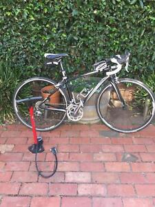Giant Avail women's road bike size small