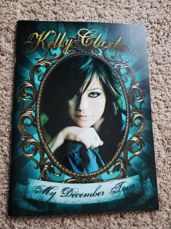 Kelly Clarkson My December Tour 2007-08 Tour Book never opened all the way