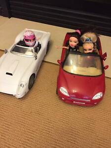 2 x Bratz cars with dolls - suit Barbie