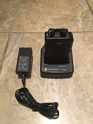 Motorola Minitor V 151-158.9975mhz Vhf 1-ch Pager Stored Voice W Charger