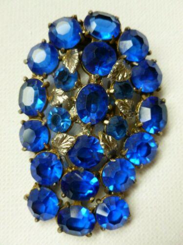 Beautiful Vintage Silver Tone Blue Open Back Rhinestone Dress Fur Clip
