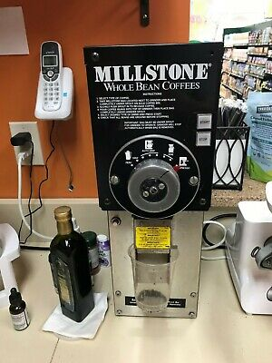 Grindmaster 810 Commercial Black Bulk Coffee Grinder