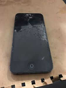iPhone 5 32gb black Meadow Heights Hume Area Preview