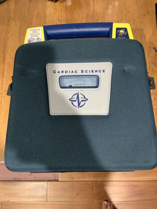 Cardiac Science Powerheart G3 Automatic AED- Pads and Battery / Case