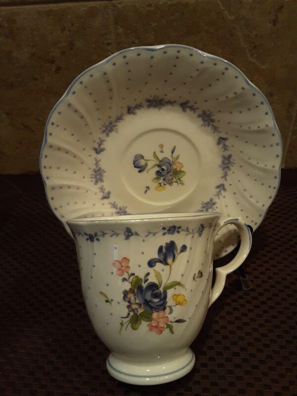 Nikko Vintage Blue Peony Porcelain 4 teacups/saucers