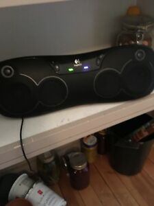 Speaker - works for iPhone 4 Bluetooth