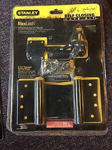 Self-Closing Gate Kit & Ornamental Pull