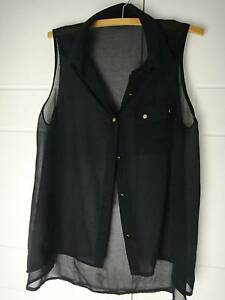 SZ 10-12 BLACK SHEER SLEEVELESS TOP WITH GOLD BUTTONS - AS NEW Collingwood Park Ipswich City Preview