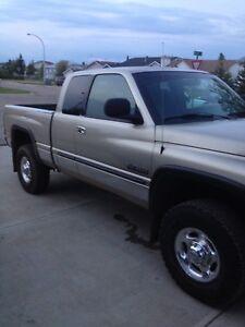 Dodge 3/4 ton 2002 last of its gen