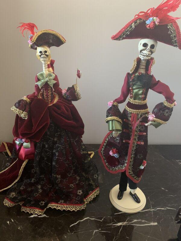 grandin road halloween Skeleton Dolls