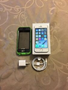iPhone 5S with Lifeproof Nuud case