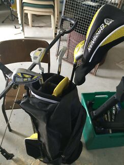 Kids golf clubs and buggy hardly used Bathurst Bathurst City Preview