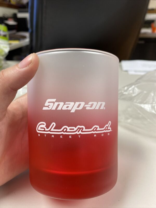 Snap On Glo Mad Glass Cup