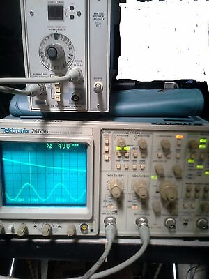 Tektronix 2465a 350mhz Oscilloscope Excellent 1608 Hours On The Clock Very Rare