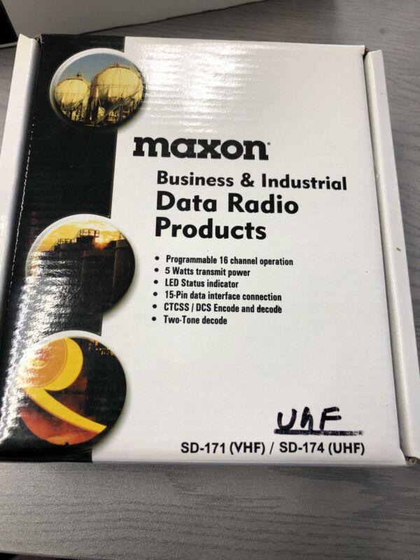 MAXON SD-174 UHF DATA RADIO