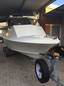 Chivers Pursuit 90HP 2001 Johnson 2St Furuno GPS Sounder North Perth Vincent Area Preview
