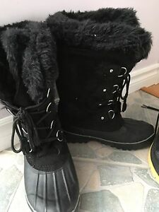 Women's boots  and unisex boots