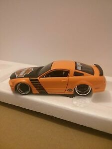 FORD MUSTANG DIECAST CAR HARLEY DAVIDSON Windsor Region Ontario image 3