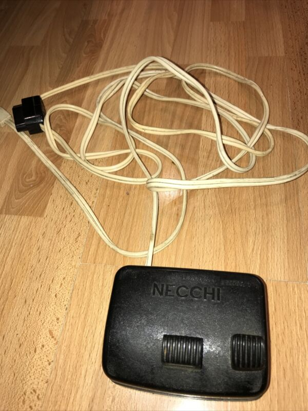 VTG NECCHI SEWING MACHINE FOOT PEDAL WITH CORD A50700/1 MADE IN ITALY UNTESTED