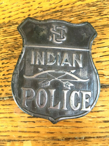 Vintage Obsolete Sterling Silver U S Indian Police Badge Bow & Arrow Embossed
