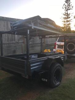 Off-road camper trailer, good condition