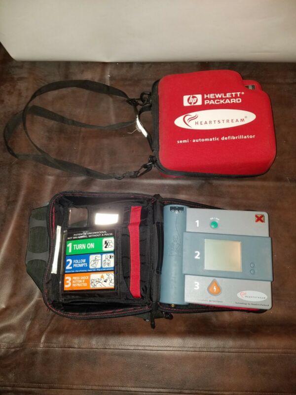 HEARTSTREAM FORERUNNER Semi-Automatic Defibrillator with Soft Case AED