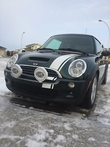 2005 Mini Cooper S.. supercharged
