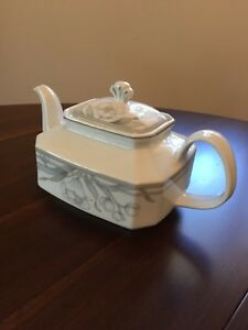 Winterling Bavaria Tea Pot