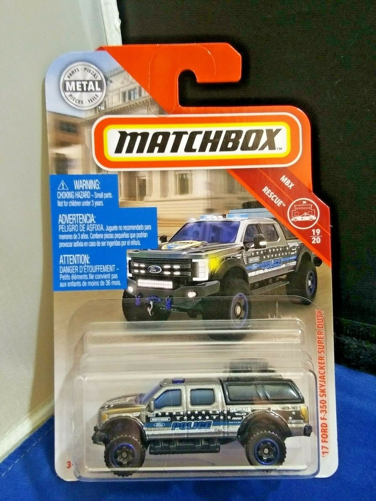 Matchbox '17 Ford Sky Jacker Super Duty F-350 Police Truck Diecast 1:64 Scale