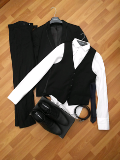 Men's suit Connor - brand new, worn once
