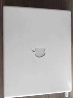 *USED RELIC* Apple White iBook G3 900MHz 640MB Doncaster Manningham Area Preview