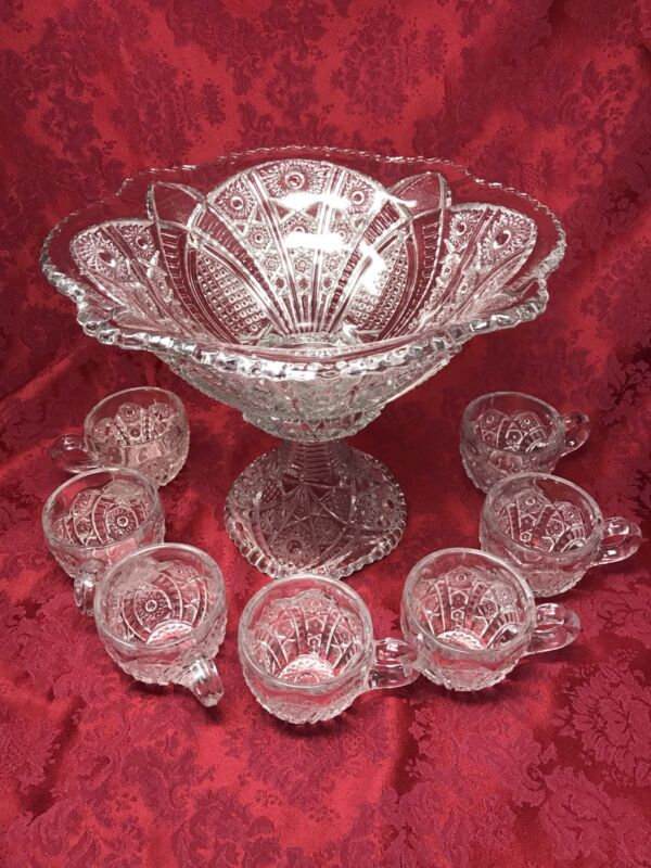 Yorktown PUNCH BOWL & BASE Stand & Cups 1950