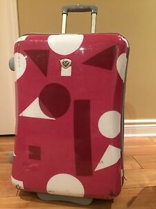 Bag And Luggage | Find Other Items in Ottawa | Kijiji Classifieds