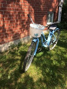 """Classic 26"""" Woman's Bicycle $40"""