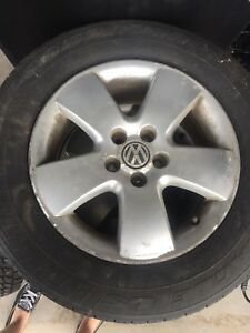 195/65R15 Volkswagen rims and tires