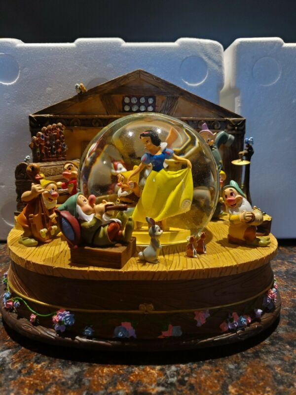 Snow White and The Seven Dwarves Snow Globe and Music Box