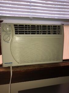 Used Airconditioner *works perfect*