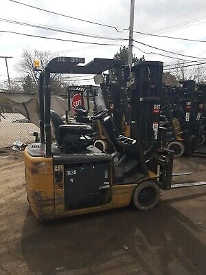 2010 Cat Electric 3 Wheel Et3500 Forklift Battery Incl. 3 Stage Mast
