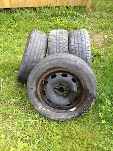 4 sets of summer tiers on rim 195/60 R15