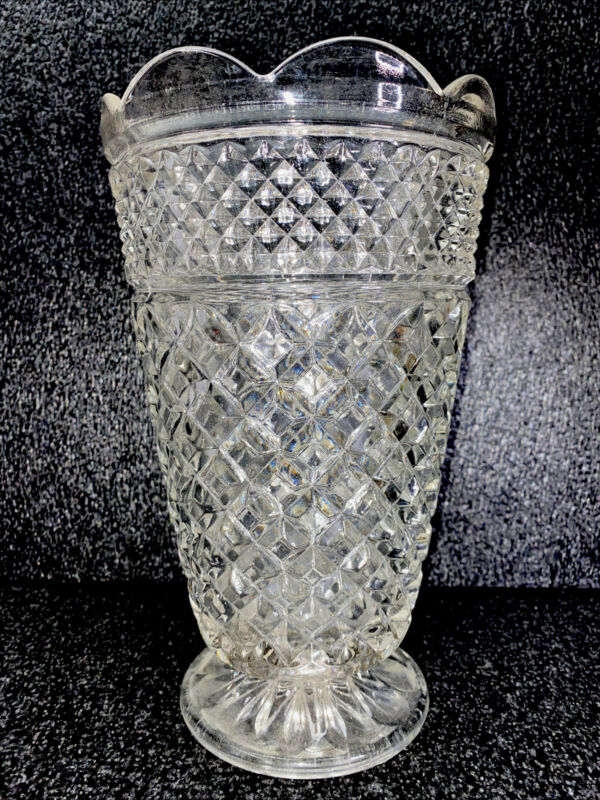 """Vintage Anchor Hocking Wexford Clear Glass Vase Scalloped Rim Footed 10"""" Tall"""