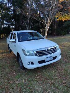 2013 Toyota Hilux SR5 2wd Dual Cab Low Ks