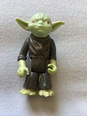 Vintage Star Wars Yoda Light Green Orange Eyes