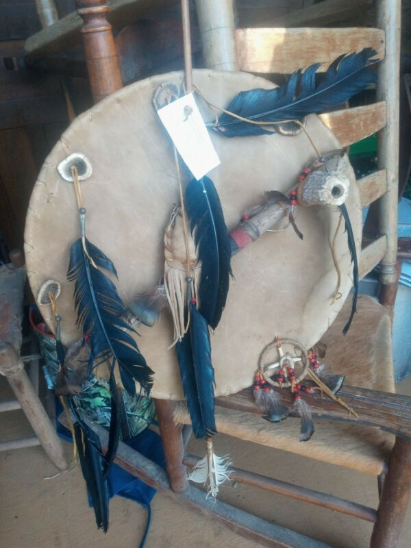 **AWESOME OLD NATIVE AMERICAN 1950s HAND MADE RAWHIDE FRIENDSHIP  SHIELD!*