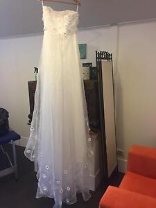 Wedding Dress Adamstown Newcastle Area Preview