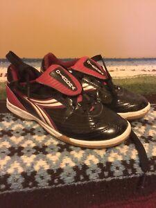 EUC Indoor Soccer Shoes