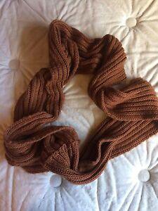 Aldo circle scarf