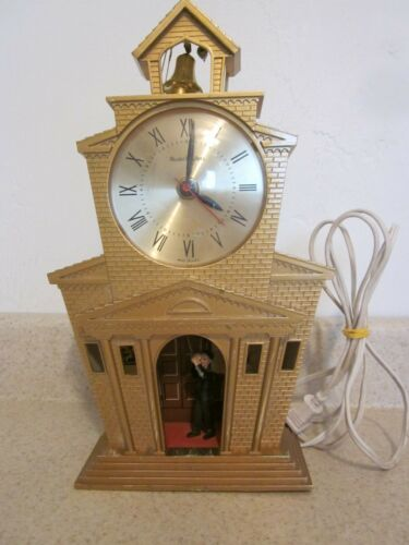 Vintage MasterCrafters Mid Century Animated Church Clock #560 * Keeping Time